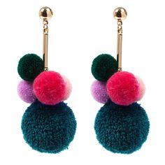 Pom Pom Pom Earrings Ear Jewelry, Jewelry Crafts, Jewelry Accessories, Fashion Accessories, Jewelry Design, Jewlery, Earrings Handmade, Handmade Jewelry, Piercing