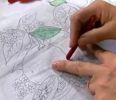 Pintura em tecido com giz de cera passo a passo - Artesanato passo a passo!