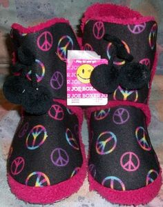 Joe Boxer Peace Bootie Slippers Girls Size 6-7 Black / Red Fur Lining Hippie NWT #JoeBoxer #Slippers