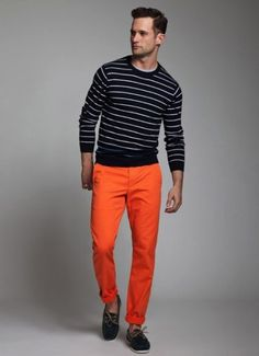 Want to wear stripes? Start with a navy and white horizontal stripe sweater and wear with chinos. Check out our collection of horizontal stripe outfits for men. Orange Pants Outfit, Orange Jeans, Pumpkin Patch Outfit, Outfit Trends, Type Of Pants, Colored Pants, Costume, Outfit Combinations, Well Dressed