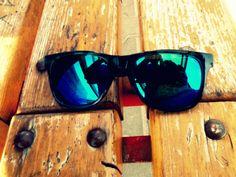 nice glasses :> HM