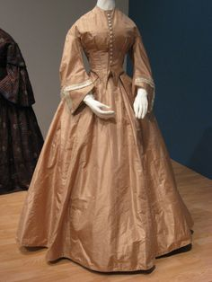 2012-08-25 KSMF - Tan taffeta wedding gown trimmed in white silk and lace (American), 1864.