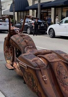 An XXL Sized Batch of Randoms to Kick Off the Weekend - Funny Gallery Harley Softail, Bagger Motorcycle, Motorcycle Style, Women Motorcycle, Motorcycle Quotes, Vintage Indian Motorcycles, Custom Motorcycles, Custom Baggers, Triumph Motorcycles