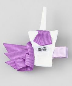 I don't have a little girl, but these bows are adorable!!