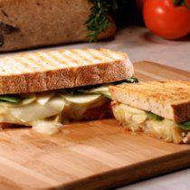 Receta de Sandwich de Brie y Manzana