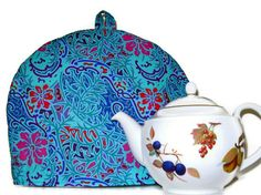 TEA COSY/Tea Cozy Insulated   I could make one of these!
