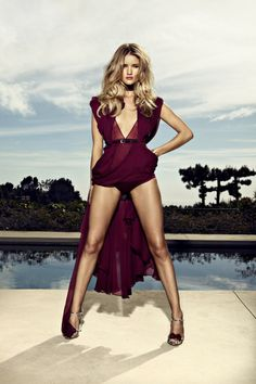 Yep, she has a killer body. Can't really argue with that.. #rosiehuntington