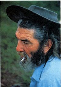 Gaucho, Uruguay [by Christopher Ralling]. We Are All One, We Are The World, People Of The World, Old Faces, Santa Lucia, Gaucho, Picts, Interesting Faces, Smokers
