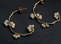 earrings w/ pearls