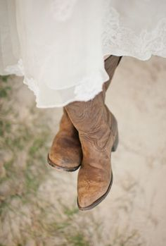 <3 country style, cowboy boots