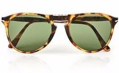 Persol Pilot Aviaitor Tortoise Folding sunglasses with hinges at the bridge and arms #aviator #mens #sunglasses