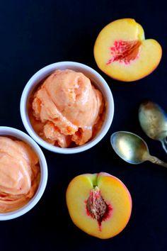 2 Ingredient Soft Serve Peach Ice Cream (dairy free, paleo) || savorylotus.com