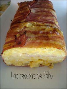 Receta Pastel tortilla de patatas, Esta es la versión sencilla de este tipo de pastel, hay otros con carne picada y pimientos del piquillo por ejemplo pero