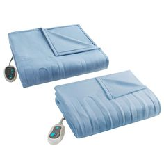 Heated blanket that all you need this winter. An indispensable tool for you and your loved ones in winter days. Heated Blanket, Natural Pain Relief, Winter House, Good Sleep, Bed Covers, Winter Season, Blankets, Waiting, Electric