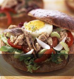 Sándwiches y bocadillos gourmet (y sanos) para chicas con prisas.   telva.com