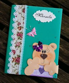 caderno decorado em EVA no Elo7 | Franci (D6E55F) Foam Crafts, Diy And Crafts, Crafts For Kids, Notebook Diy, Holiday Homework, Felt Quiet Books, Cute Cartoon Wallpapers, Card Patterns, Niece And Nephew