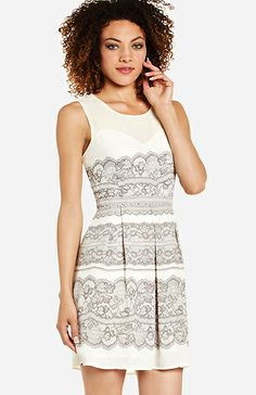 Luxe Lace Print Dress | DAILYLOOK