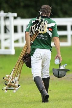 Well played, my good man. Maria Polo, Equestrian Collections, The Sporting Life, Polo Horse, Le Polo, Polo Match, Sport Of Kings, Ralph Lauren, Polo Club