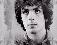 Syd Barrett// look at his cute puppy eyes!