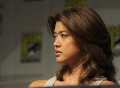 """Grace Park Photos - Actress Grace Park speaks during the """"Hawaii panel discussion during Comic-Con 2010 at San Diego Convention Center on July 2010 in San Diego, California. Grace Park, New Hair Do, Celebrity Workout, Hawaii Five O, Park Photos, Amazing Pics, Convention Centre, My Girl, Actresses"""