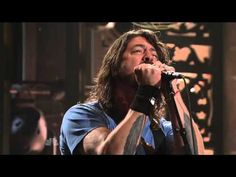 http://youtu.be/24pImsPhmV8 WALK Foo Fighters