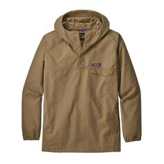 The Patagonia Men's Maple Grove Snap-T® Pullover is a heritage-inspired version of our classic Snap-T® Pullover made of organic cotton/polyester fabric. Mens Outdoor Jackets, Mens Outdoor Clothing, Outdoor Apparel, Waxed Canvas Jacket, Cotton Polyester Fabric, Outdoor Outfit, Vest Jacket, Fitness Models, Jackets