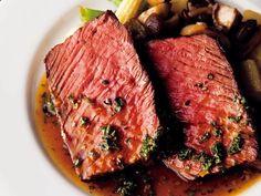熟成肉ブームの中でもさらに厳選!赤身肉が美味い店4選[東京カレンダー]
