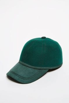 b5123f797b295 CARITON CAPCARITON CAP London Christmas