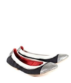 These adorable flats by Reneu are super comfy and made with hemo upper accents with PU metallic Faux snakeskin.