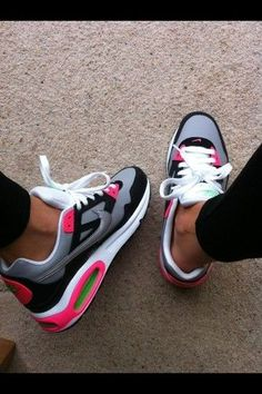 Nike air max 1 skyline size 5 eur 38 brand new in box pink silver white