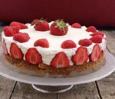 Smulpaapje kookt! - Aardbeienkwarktaart - Smulpaapje Strawberry Cheesecake, Tiramisu, Bakery, Ethnic Recipes, Desserts, Fruit, Fancy Desserts, Tailgate Desserts, Deserts