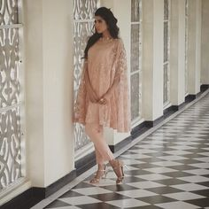 embroidered net cape for eid 2015 Pakistani Cape Dresses, Shadi Dresses, Pakistani Party Wear, Hijab Wedding Dresses, Disney Wedding Dresses, Pakistani Outfits, Indian Dresses, Indian Outfits, Hijab Bride