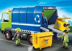 6110 - Recycling Truck