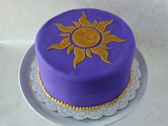 Sweets to the Sweet: Rapunzel Cake (Tangled)