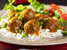 Hackklößchen mit Currysoße und Reis - smarter - Zeit: 30 Min. | eatsmarter.de