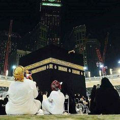 Many problems would be resolved quickly and smoothly, when you take them to Allah in prayers, not to social networks.