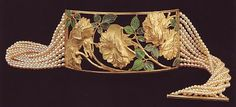 Lalique  Roses and leaves gold, and enamel dog collar with pearls.