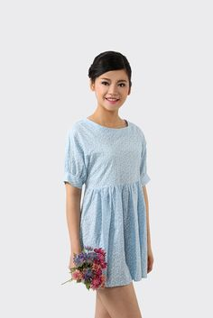 Cute Pastel Blue Retro Floral Dress. Free first class word wide shipping. Customer service: help@moooh.net