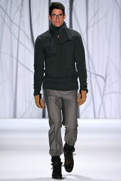 Male fashion & art photography with a homoerotic undertone Fashion Art, Fashion Show, Fashion Design, Male Fashion, Stylish Mens Fashion, Stylish Menswear, Chad White, Perry Ellis, Sharp Dressed Man