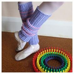 Loom knitting patterns to make leg warmers on a long or round loom.