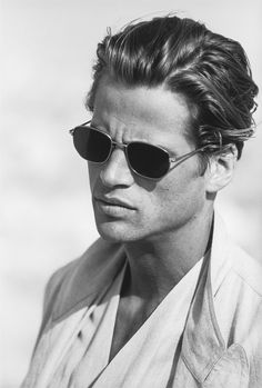 #Atribute to Frames: The Giorgio Armani 1994 Spring/Summer eyewear campaign with Mark Vanderloo shot by Peter Lindbergh. See the dedicated article on Armani.com/Atribute
