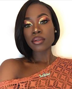 Bombshell Beauty Trends For Fall 2017 : Check out these fun beauty trends that are hot this fall. Lips, eyes and nails are all getting makeovers and if you are game, you will love these looks! Beauty Make-up, Beauty Hacks, Hair Beauty, Beauty Skin, Black Girl Makeup, Girls Makeup, Prom Makeup, Maquillage On Fleek, Make Up Gesicht