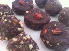 Chocolate peanut cookies, raw vegan recipe