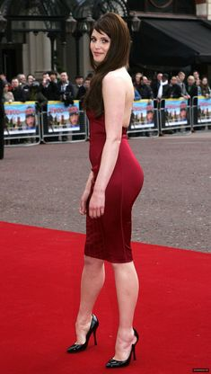 Beautiful celebrities and starlets. Actresses, singers, models and more! Gemma Arterton, Gemma Christina Arterton, Beautiful Celebrities, Beautiful Actresses, Gorgeous Women, Look Fashion, Fashion Models, Sexy Legs And Heels, The Dress