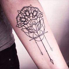 Melina Wendlandt e suas tattooos que misturam linework, blackwork e pontilhismo, no Vale a pena conhecer o seu trabalho! > / We just love work! Melina Wendlandt is an amazing tattoo artist that does linework, blackwork and dotwork in skin. Piercings, Piercing Tattoo, Tattoo Ink, Arm Tattoo, Dream Tattoos, Love Tattoos, Tattoos For Guys, Tatoos, Pretty Tattoos