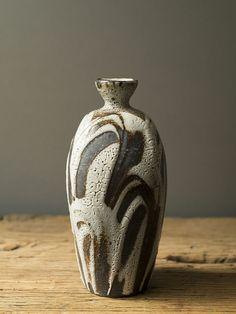 Lisa-Hammond ceramic bottle click now for info. Ceramic Vase, Ceramic Pottery, Pottery Art, Pottery Ideas, Slab Pottery, Ceramic Teapots, Pottery Studio, Korean Pottery, Japanese Pottery
