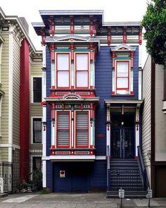 San Francisco Feelings Houses of San Francisco by @theginger_snap by photoblog.sanfranciscofeelings.com sanfrancisco sf bayarea alwayssf goldengatebridge goldengate alcatraz california
