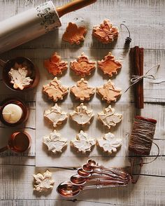 Fall leaf cookies iced with autumn colors. Fall baking is the best! Fall inspiration and photo ideas. Things to do during fall. Leaf Cookies, Fall Cookies, Sugar Cookies, Fall Inspiration, Autumn Cozy, Autumn Fall, Autumn Feeling, Autumn Ideas, Autumn Aesthetic