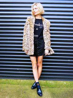 How+to+Look+Like+the+Coolest+Girl+at+the+Super+Bowl+Party+via+@WhoWhatWearUK