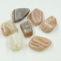 Holdkő Crystals, Stone, Health, Jewelry, Karma, Zen, Rock, Diamond, Spirituality